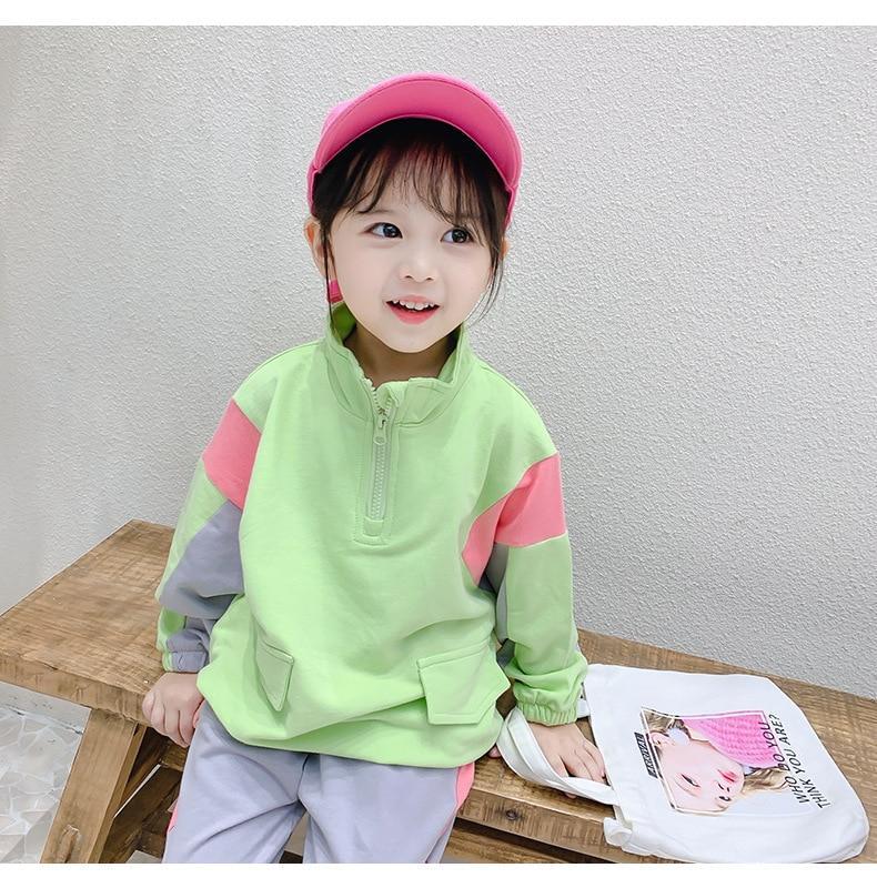 slide 2 - Long Sleeve Pullover & Sweatpants - Green