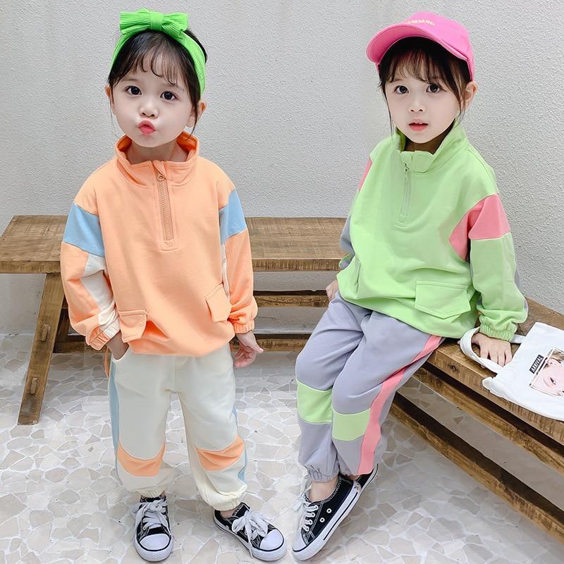 slide 3 - Long Sleeve Pullover & Sweatpants - Green
