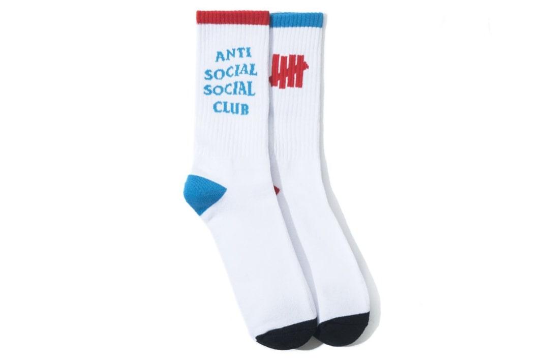 slide 1 - Your Foot White Socks
